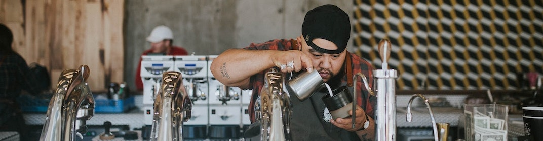 The 6 Top Reasons to Buy Fresh Local Coffee
